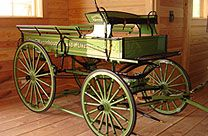 Buy Hitch Wagons for Draft Horse Shows | Hansen Wheel and Wagon Shop