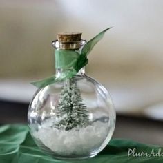Waterless Snowglobe Tutorial {Christmas Decorations}