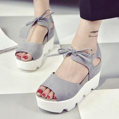27f1d3fe9105 61 mejores imágenes de Zapatos para pies con juanetes
