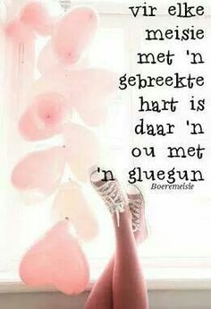 Om verlief te wees is net wonderlik Sweet Quotes, Cute Quotes, Mom Prayers, Afrikaanse Quotes, Qoutes About Love, Sweet Words, Inspiration For Kids, Positive Thoughts, Be Yourself Quotes