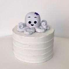 Fondant Octopus Cake Topper, Fondant Octopus, Under the Sea Cake Topper Fondant Rabbit, Rabbit Cake, Fondant Cake Toppers, Fondant Cakes, Fondant Seashells, Octopus Cake, First Birthday Parties, Birthday Ideas, Birthday Cake
