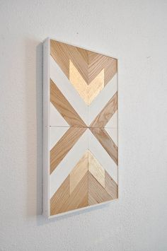 Plans of Woodworking Diy Projects - Wood chevron decor Get A Lifetime Of Project Ideas & Inspiration! Diy Wood Wall, Wooden Wall Art, Diy Wall Art, Chevron Wall Art, Blue Chevron, Woodworking Projects Diy, Woodworking Furniture, Diy Wood Projects, Woodworking Techniques