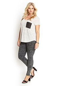 Shop the perfect plus size jeans: skinny, boyfriend, printed | Forever 21