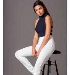 Κρεπ Crop Top με με Open Cuts στη Πλάτη - Μπλε-Navy Photography Words, Fashion Photography, Sporty, Style, Swag, High Fashion Photography
