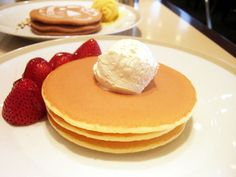 Imperial Pancake with Strawberry@Parkside-diner,Teikoku HOTEL