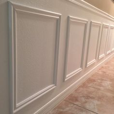 A step-by-step DIY tutorial on how to EASILY install wainscoting anywhere in your home! If I can do you, I promise you can too! A step-by-step DIY tutorial on how to EASILY install wainscoting anywhere in your home! If I can do you, I promise you can too! Installing Wainscoting, Faux Wainscoting, Dining Room Wainscoting, Wainscoting Styles, Wainscoting Nursery, Wainscoting Height, Basement Wainscoting, Home Remodeling Diy, Home Renovation