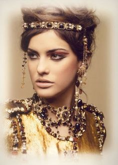 Lulu Central: Favorite collection - Chanel Pre-Fall 2011 and Byzantium