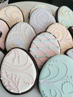 Looking for the Best Easter Cookies Ideas? Here are the best Easter Sugar Cookies decoration with royal icing ideas, you'd love to try out now. No Egg Cookies, Galletas Cookies, Fancy Cookies, Iced Cookies, Easter Cookies, Cookies Et Biscuits, Holiday Cookies, Cupcake Cookies, Sugar Cookies