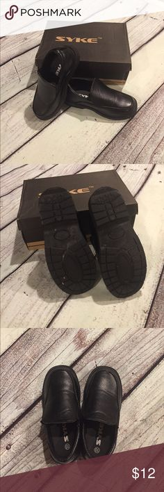 Black dress shoes Toddler 10 boys black dress shoes wore only a few hours for a wedding. Like new condition! syke Shoes Dress Shoes