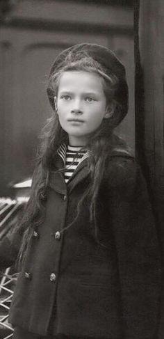 close up, 1907                                                       …