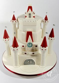 We produces delicious handmade and beautifully decorated cakes and confections for weddings, celebrations and events. Handmade Wedding, Celebration Cakes, Celebrity Weddings, Heavenly, Cake Decorating, Wedding Cakes, Holiday Decor, Celebrities, Shower Cakes