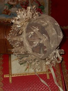 ~~~ Beautiful Small Antique Lace Bonnet with Crown Bouquet ~~~