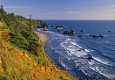 A rocky, rugged coastline dotted by secret sandy beaches in Oregon,called Scenic Corridor.