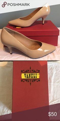 🎈NIB Vaneli nude patent heels🎈 NIB Vaneli nude patent heels.  9 1/2. Vaneli Shoes Heels