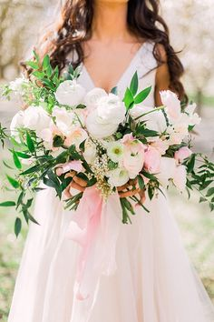 Lush pink and white bouquet #wedding #weddings #engaged #aislesociety #weddinginspiration #elopement