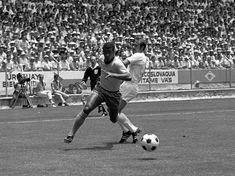 """Jairzinho"" Jair Ventura Filho (Brazil, 1964–1982, 81 caps, 33 goals) waltzing past Terry Cooper (England, 1969–1974, 20 caps, 0 goal). Brazil vs England 1-0, Group 3 match of the 1970 FIFA World Cup at the Estadio Jalisco (Guadalajara, Mexico) on 7 June 1970."