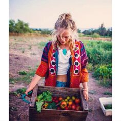 The beautiful @chinacat__sunflower of Sonoma Broadway Farm, an organic farm in Sonoma, California. Jill & her partner Sesa live and work on their six acres, creating an abundance for their CSA, farm stand, and restaurants in the Bay Area. Wearing her Prism of Threads finery as she brings forth magic from the Earth!