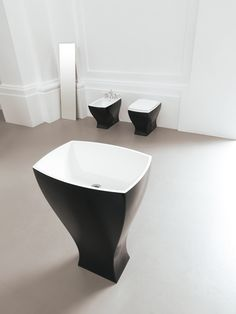 Jazz, design Meneghello Paolelli Associati lavabo centro stanza #freestanding #washbasin #bagno #sanitaryware #design #bathroom #sanitari