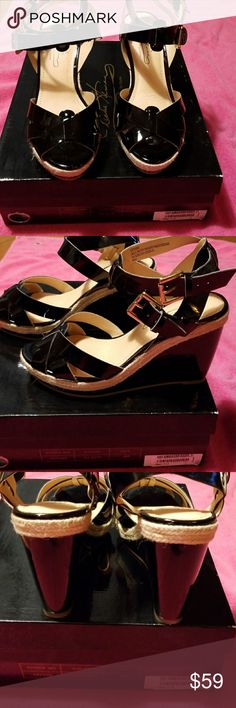 Diane Gillman Black Strappy sandals. NWT Gorgeous Black Strappy wedge sandals. NWT Diane Gillman Shoes Espadrilles