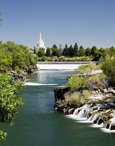 I love being LDS -  Idaho Falls with LDS temple in distance / http://www.mormonproducts.net/?p=662