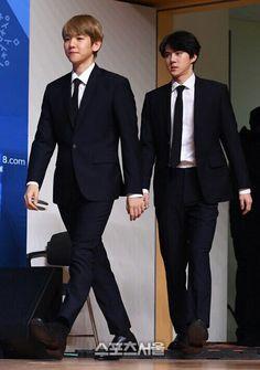 180221 #EXO #SEHUN #BAEKHYUN @ Pyeongchang Olympics Closing Ceremony Press Conference