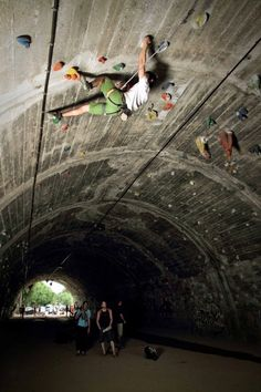 urban tunnel climbing- Barcelona, Spain