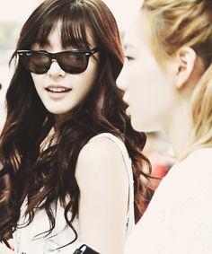 Tiffany & Taeyeon - SNSD Girls' Generation