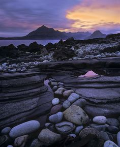 Elgol is a village on the shores of Loch Scavaig towards the end of the Strathaird peninsula in the Isle of Skye, in the Scottish Highlands. the isle of skye doesn't even look real it's so cool Foto Nature, All Nature, Amazing Nature, Beautiful World, Beautiful Places, Beautiful Sunset, Beautiful Scenery, Simply Beautiful, Ben Nevis