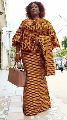 pictures for shweshwe dresses 2019 - style you 7 Shweshwe Dresses, African Maxi Dresses, African Fashion Ankara, Latest African Fashion Dresses, Ghanaian Fashion, African Dresses For Women, African Print Fashion, Africa Fashion, African Attire