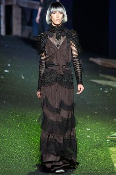 Marc Jacobs Spring 2014 Ready-to-Wear Collection Slideshow on Style.com #nyfw