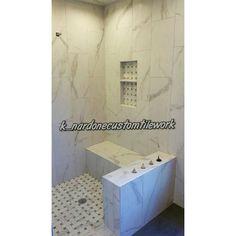 "12"" x 24 Versailles Chateaux Ivoire on vertical running bond #tilework #tile #tiler #tiling #tilesetter #customtile #lionslub #mastertilesetter #tileporn #tileaddiction  #precisiontilework #remodeling #interior #porcelian #homeimprovement #interiordesign #tiledesign #tilerspride #porcelaintile #interceramic #tileartist #remodel #nicheandchips by k_nardonecustomtilework"
