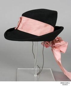 Hat, wool and silk, Elsa Schiaparelli designer, French, 1938