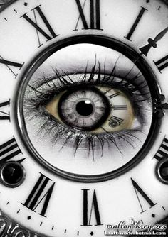 Vaila's eye color + clock = AWESOME