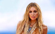 Women Rosanna Davison  Model Blonde Brown Eyes Girl Necklace Wallpaper