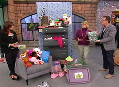 Peter Walsh wants to help you with your by sharing simple tips for tackling three of the most common forms of clutter! Life Organization, Organizing Life, Peter Walsh, Clutter Control, Paper Clutter, Pork Burritos, Tiny House Living, Home Hacks, Spring Cleaning