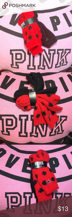 💕SALE💕 VS PINK FUZZY SOCKS 2 pack NWT Victoria's Secret OINK 2Pack of fuzzy socks very comfy bra brand-new with tags's ships fast shipps today ❤️ NO TRADES PINK Victoria's Secret Accessories Hosiery & Socks