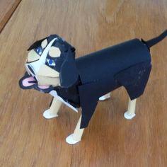 Een leuke bernard sennen hond helemaal gemaakt van papier. Paper, craft ideas