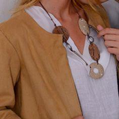 Wooden necklace, new collection Fall-Winter 2016-2017, sand colors, model #ernestodebarcelona #newcollection#collection2016 #fallfashion#woodendesign #woodenjewelry#vintagestyle #ecodesign #recycledfashion#fashionista #trendyjewelry#bijouxfantaisie #коллекция2016#новаяколлекция #красиво #осень#barcelona #sitges #necklace #collaresdemoda #collana#collier #колье
