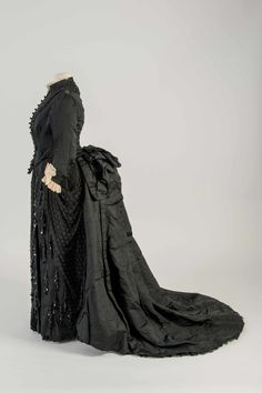 Dress, 1887-89 From the Fashion Museum, Bath on Twitter