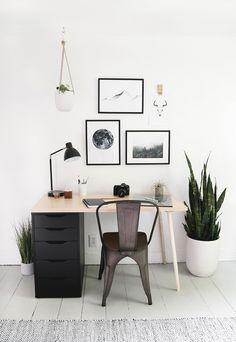 Ideas Old Wood Desk Makeover Offices Home Desk, Home Office Space, Home Office Design, Home Office Decor, Office Desks, Modern Wood Desk, Modern Corner Desk, Rustic Modern, Plywood Desk