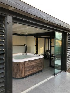 Country house Rome XL made to measure in Zwolle - Country house Rome XL specially tailored for a customer from Zwolle. This beautiful luxury country - Home Spa Room, Spa Rooms, Backyard Sheds, Backyard Patio Designs, Jacuzzi Room, Contemporary Garden Rooms, Hot Tub Room, Sauna House, Hot Tub Gazebo