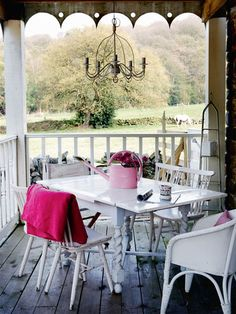 I love porches that can be used for reading, entertaining and relaxing on beautiful days.