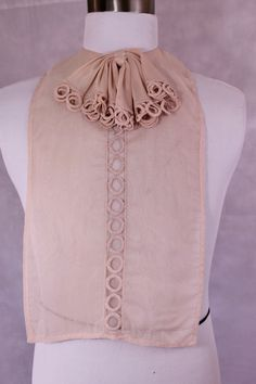 Vintage 40s Womens Sheer Nylon Ruffled Circle by wyomingvintage
