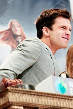 I need this face. This face of a dork. Sebastian Stan, stop it.