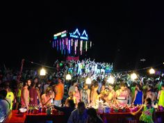 Thailand Full Moon Party Survival Tips. Going to the Full Moon Party had always been a dream of mine. The dancing, the beach, the moon.. It was all so cool. So when booking our Thailand trip you can bet I made sure we were there for the Full Moon Party. Not the Half Moon but the Full Moon.