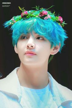 Kim Taehyung an art student and model who loves to crossdress and has a soft spot for kids met Jeon Jungkook, the busy CEO who has a son named Jeon Junho who n. Bts Taehyung, Namjoon, Taehyung Photoshoot, Kim Taehyung Funny, Suga Rap, Bts Bangtan Boy, Bts Boys, Foto Bts, Bts Photo