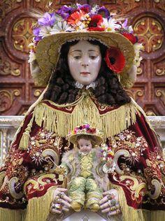 La Virgen de Pastora... traslado a Almonte agosto 2012.