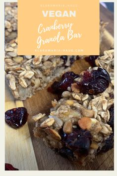 Making your own cranberry muesli bars WITHOUT SUGAR is the perfect breakfast for stressful days! Or as a snack for work, university, school or hiking! Healthy Vegan Breakfast, Healthy Snacks, Food Prep, Meal Prep, Vegan Gluten Free, Dairy Free, Muesli Bars, Snacks For Work, Baking Tins