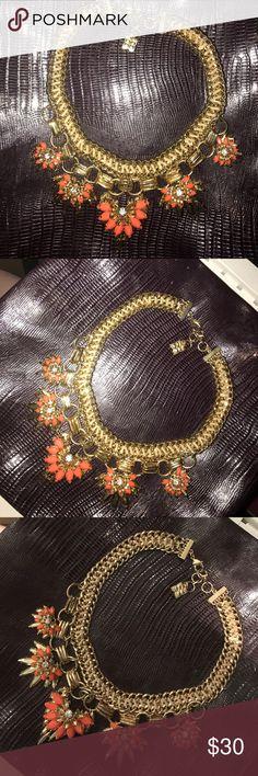 BCBGMaxAzria Statement Necklace BCBGMaxAzria Statement Necklace BCBGMaxAzria Jewelry Necklaces