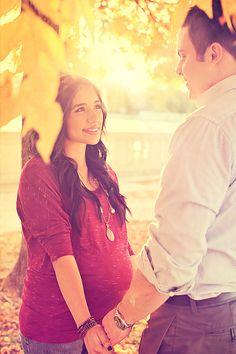 maternity - couples, nature, lighting